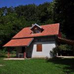 Cesargrad hut