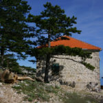 The hut on the trail to Sveti Ilija peak