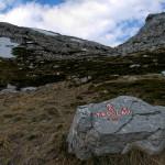 The hiking trail on Dinara mountain.
