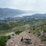 The descent towards Grebaštica bay